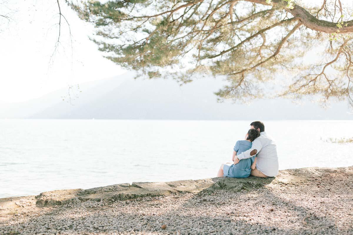 photographe couple engagement annecy geneve demande mariage main 001