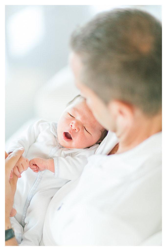photo d'un bébé après la naissance à Genève