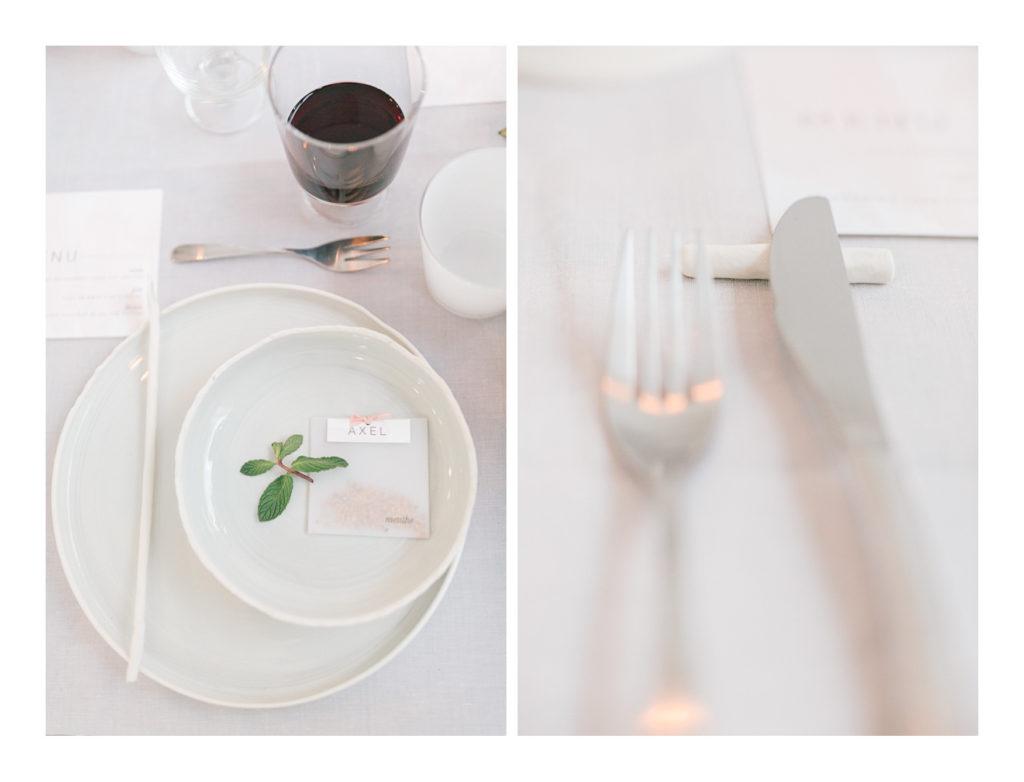 Photo de détail de la vaisselle du mariage.